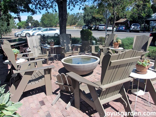 outdoor seating are at Sarloos & Sons tasting room