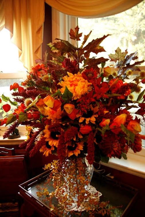 A beautiful fall bouquet in the dining area