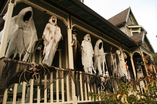 Hanging ghouls on the porch