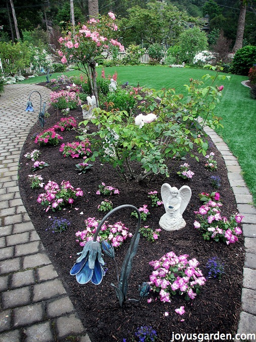 how to prepare and plant a flower bed joy us garden joy us garden. Black Bedroom Furniture Sets. Home Design Ideas