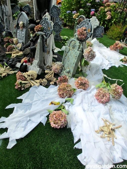 Garden graveyard for Halloween