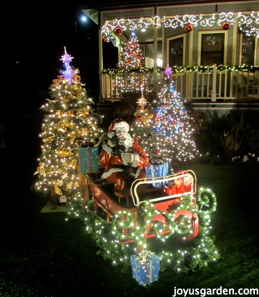 Outdoor Christmas Decorating Ideas - |