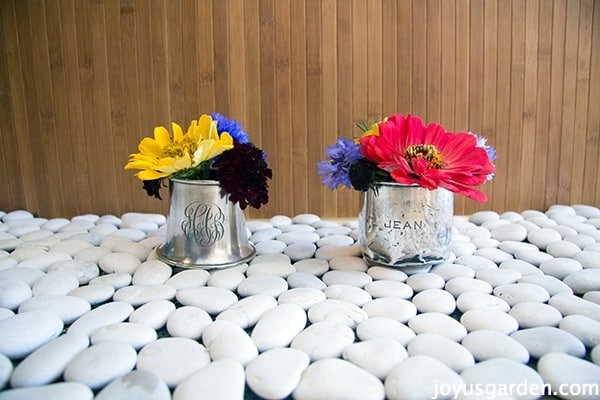 Simple Centerpiece Ideas Using Garden Flowers