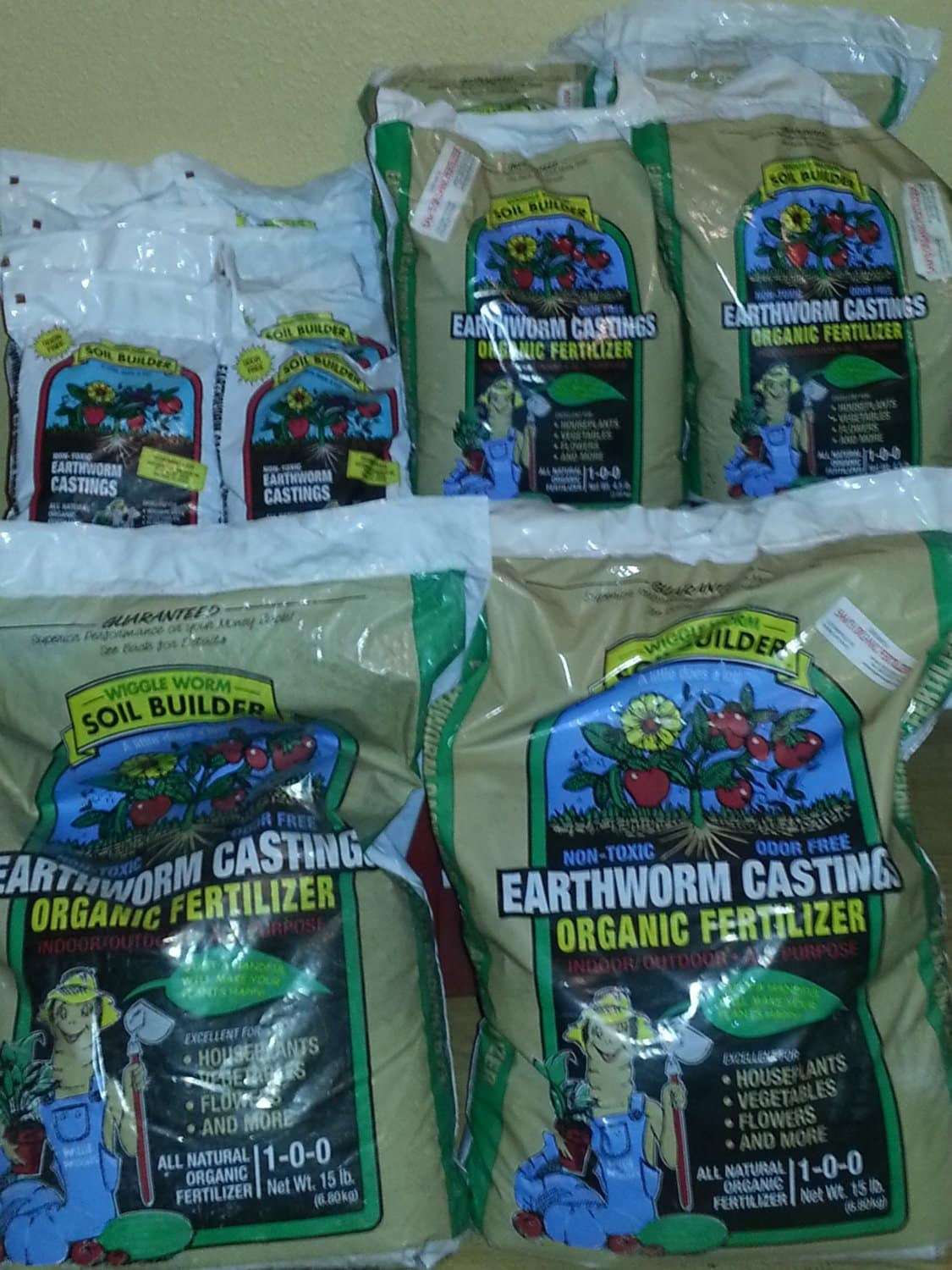 Earthworm Castings for Your Houseplants, Vegetables, and Flowers