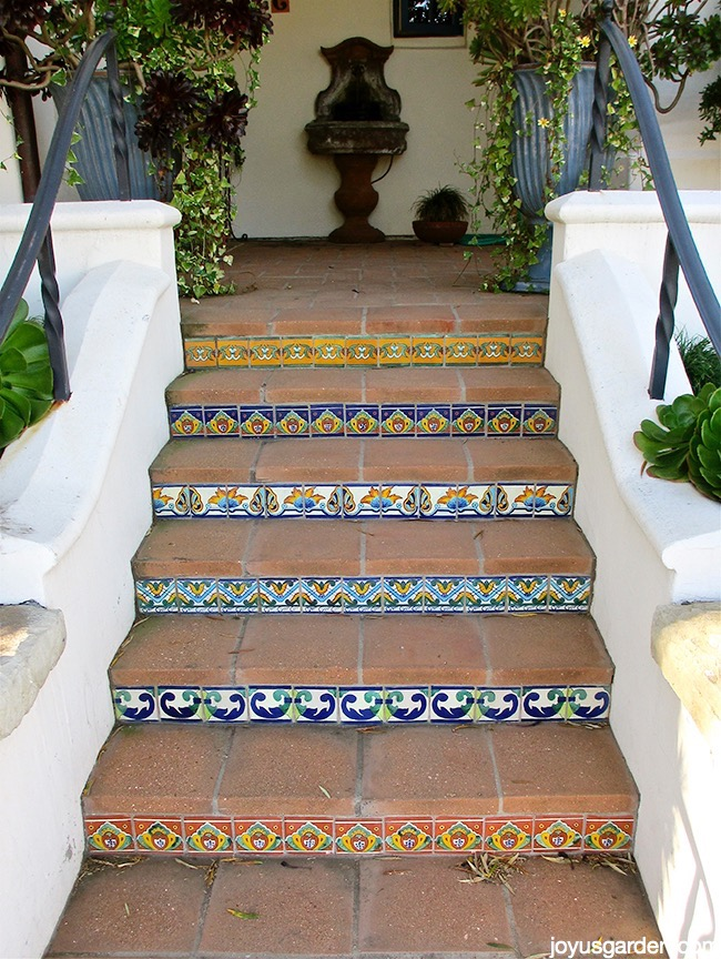 Gorgeous tile accents on the stairs
