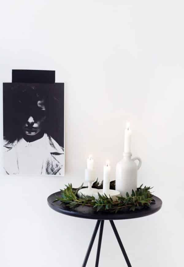 Super simple festive table decor