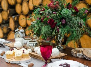 7 Christmas Centerpiece Ideas: 30 Festive Elements for Your Holiday