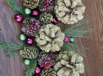 Gold Gilded Pine Cones Glittered 4 Ways