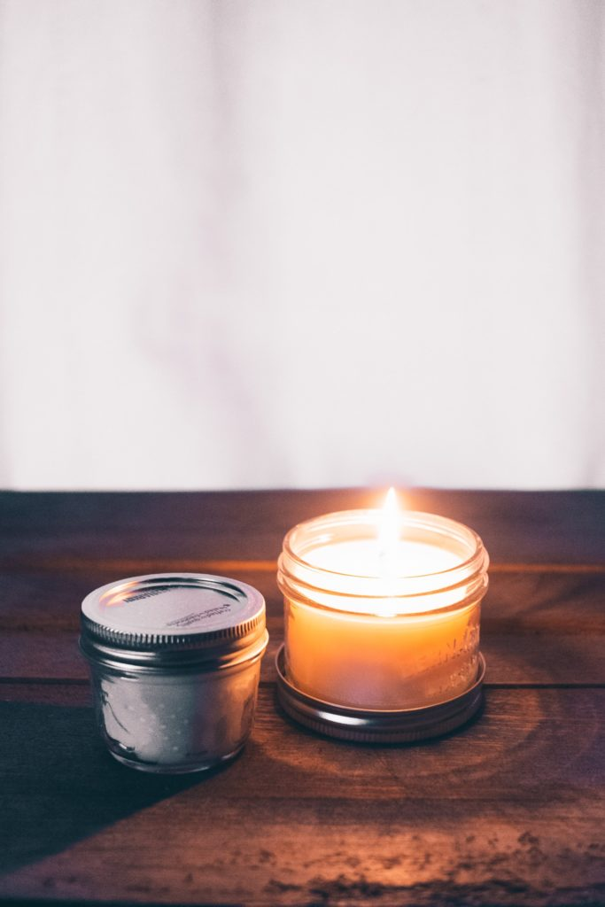 Dried Herbs and Plants That'll Spruce Up Your Homemade Candles