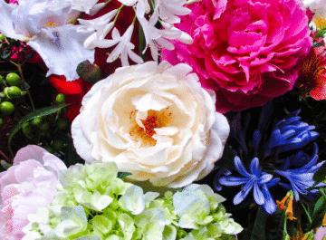 close up of a beautiful arrangement of garden flowers